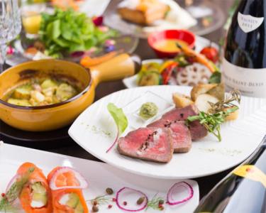 見た目も鮮やかな本格洋食メニューをお届け。御徒町にあるダイニングバーで調理スタッフを募集します!