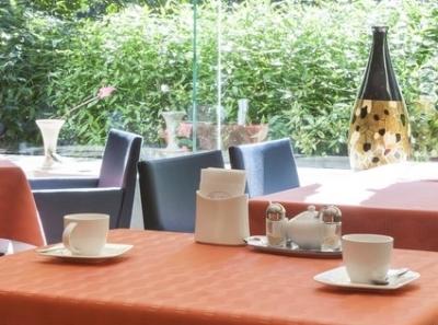 東京・南青山のホテルレストランです。