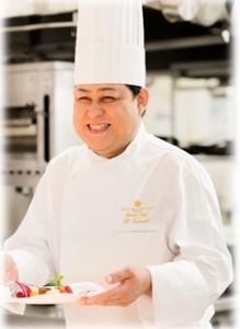 リゾート地・熱海または沖縄のホテル内のレストランで、調理スキルを存分に活かしませんか。