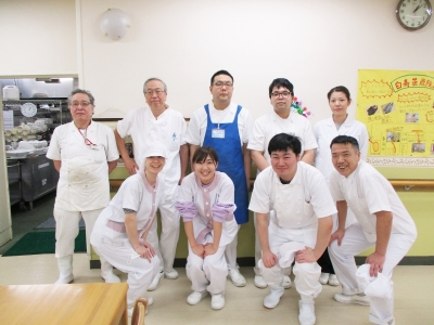 東京・目黒にある養護老人ホーム内の共同調理部で、調理師のメンバーを新たに募集します!