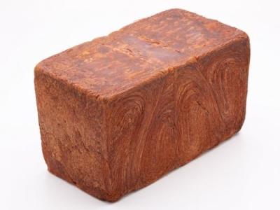 クロワッサン生地を使った「「究極のクロワッサン食パン」など、幅広い製パン技術が学べます