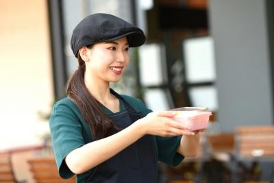店舗の立ち上げ後はアルバイトの管理や店長業務もお任せします。