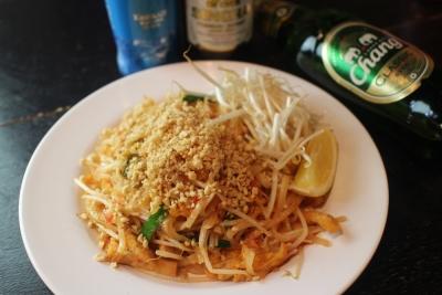 現地タイのホテルで経験を積んだタイ人コックが作る本格タイ料理を気軽に楽しめます。