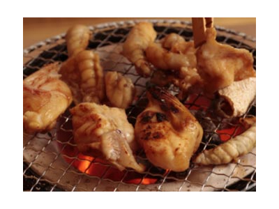 ふぐ料理のコースのほか、薄造りや唐揚げなど、高品質の魚介料理が楽しめる海鮮料理店を多数展開中!