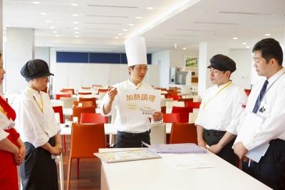 スキル経験を考慮して調理長候補としてのご入社配慮します。