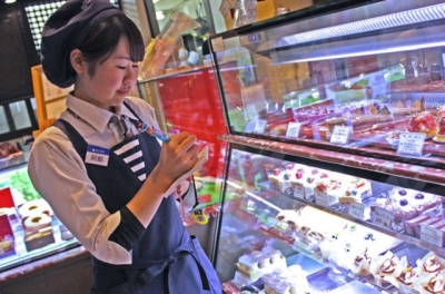名古屋で25年の歴史を誇る老舗洋菓子店「レニエ」で働きませんか?
