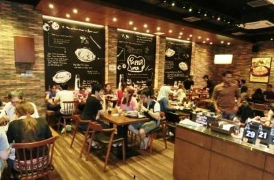 ステーキを中心に多様な業態で展開。店舗そのものは小規模で行き届いたサービスを実践。