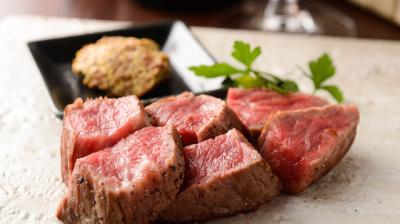 豊富な肉料理に合うワイン選びもお願いいたします。ソムリエに興味がある方にもおすすめです。