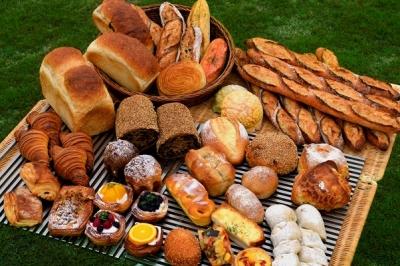 辻口 博啓シェフこだわりのパンを届けましょう!