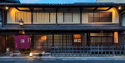 「国の登録有形文化財」に認定されている『大津 魚忠』で調理スタッフの募集です。