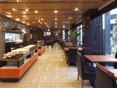 名古屋・栄に位置する、大手ホテルチェーン。社員の頑張りは給与で還元!6年連続で給与アップの実績あり◎