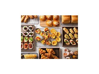 当社運営のカフェ・ベーカリー・レストランにて提供するパンやスイーツを製造するパン工場でのお仕事です。