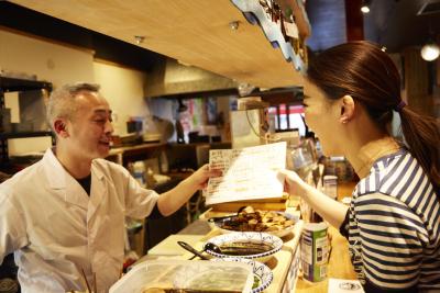 老舗の魚屋直営店で、寿司をメインとした調理経験ある方を募集!マネジメントまで経験できる環境あり◎