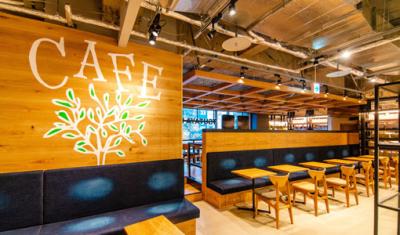 某有名書店に併設されたベーカリーカフェ。木のぬくもり溢れるおしゃれな雰囲気のお店です。
