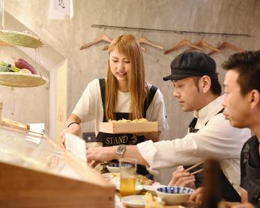 6月下旬、新店オープン予定☆昼はカフェ、夜は天ぷら酒場に変身する、新しいスタイルのお店です!