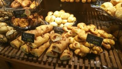 労働環境のことを考えたパンの製造技術やレシピも学べます。