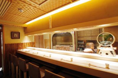 麻布十番にある当日本料理店。客単価3万円以上のおもてなし・接客を身につけられます