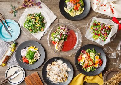 居酒屋、鶏料理専門店、イタリアン、バルなどさまざまな業態の飲食店を展開!