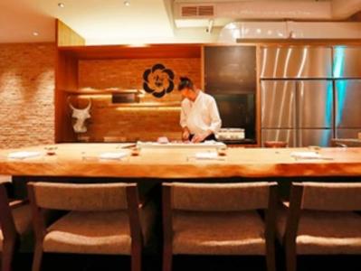 シンガポールの懐石料理店『Ushidoki Wagyu Kaiseki』で料理長の募集です!
