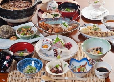 「しまなみ海道」の中継地、生口島にある料理自慢の宿で、調理スタッフとしてご活躍しませんか
