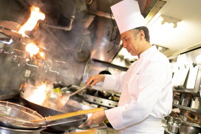 高級業態ならではの、ワンランク上の調理スキルが身につきます。経験豊富な方は即戦力としてご活躍を!