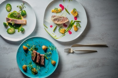 フランス料理をゼロから学びたい方も大歓迎!ベテランシェフの元でしっかり勉強できる環境です◎