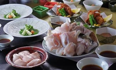 国産とらふぐと国産うなぎが自慢!厳選仕入れの良質な素材と熟練の職人技で魅せる和食料理店です