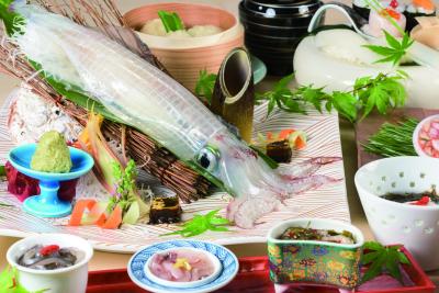 「福岡でイカを食べるなら河太郎!」と言われているくらい有名なお店なんですよ。