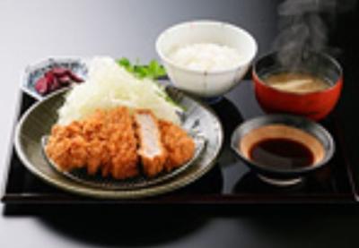 """祇園の京料理店で裏メニューとして愛されてきた""""京とんかつ""""を提供しています"""