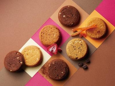 川崎商品開発センターは、全国のブールミッシュで販売される焼き菓子と生菓子を製造しています