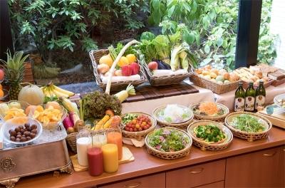 兵庫県産の新鮮野菜をふんだんに使った豊富な種類のメニューをご提供。食材の知識も自然と身につきます。