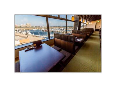 芦屋マリーナを望む海辺のレストランでスキルをみがきませんか。
