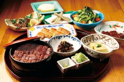美味しいひつまぶしを、日本中へ、さらに世界へと広めていきましょう!