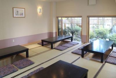 <宝塚/山本駅>旬の食材をいかした本格和食をふるまう!会席料理からアラカルトまで、あなたの経験をいかせます◎年齢不問/じっくり料理に向き合いたい方歓迎です。