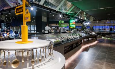 600坪もの壮大なスケールに、多種多様な空間を演出。ニューヨークがテーマのビュッフェレストランです。