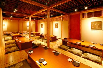 熊本県内に展開する5店舗で、ホールスタッフを募集!