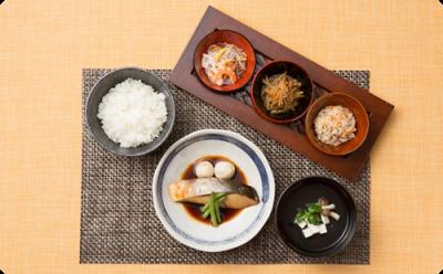 「おいしい料理は愛情と工夫から」をテーマに、心のこもった食事を提供していってください。