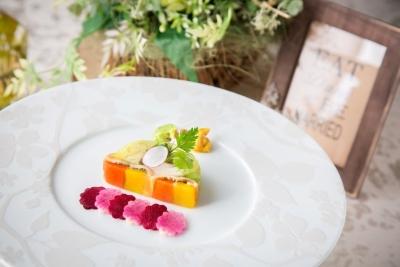 厳選した旬の食材を使用。地元・愛知県産の食材も積極的に使用します。