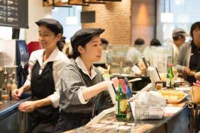 箱根発の人気ベーカリー!神奈川・静岡・東京の5店舗で、パン製造スタッフを募集!