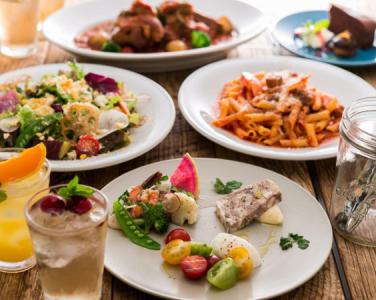 こだわりの産地食材を活かしたグリルレストランやグロサリーショップ&カフェを展開