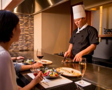 神戸・北野のステーキレストラン、または焼肉店で調理経験を活かそう!