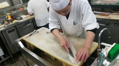 30代~50代の調理スタッフが活躍中!チームワークを大切にしながら、仕事をしています。