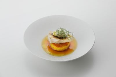 できるだけ岡山・瀬戸内の食材を使用し、クラシックなフレンチの技法にこだわって調理しています。
