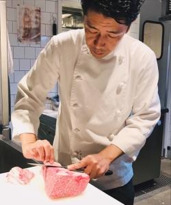 上質な黒毛和牛のおいしさを多くのお客様にご提供!手切りの高い技術が身につきます