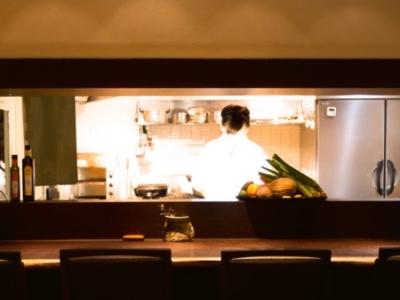 福岡・桜坂にたたずむ和食料理店で、料理長と共にお店を運営しませんか