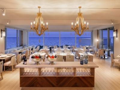 目の前に海がひろがる沖縄のリゾート地で働きませんか!