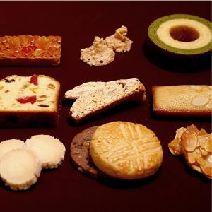 看板チョコレートスイーツ「アルハンブラ」が人気の洋菓子店は、苦楽園店と神戸駅店の2店舗を展開中。
