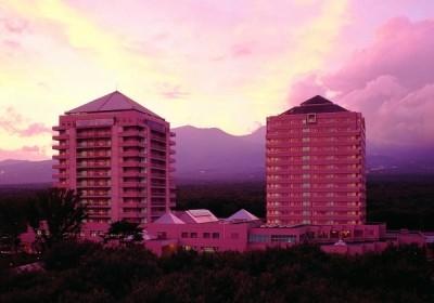 大自然に囲まれた那須高原最大級のリゾートホテル。