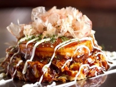 東京でもおいしいお好み焼きを食べたい!その想いから始まったお好み焼きと鉄板焼きのお店です。
