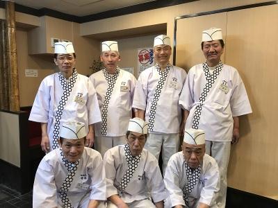 地元で愛され35年目を迎える老舗寿司店で寿司職人を大募集!経験ある方もない方も、歓迎します。